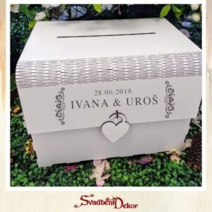 Drvena kutija sa gravurom do 500 gostiju S622